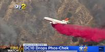 Watch a DC-10's incredibly low pass while fighting fires in California