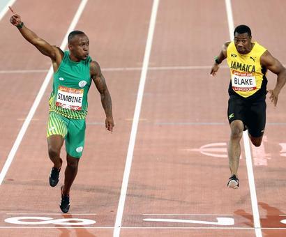 Simbine upsets Blake to win 100 metres gold