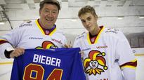 Justin Bieber practiced with a Finnish hockey team, because why not?