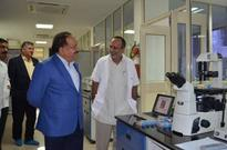 Dr. Harsh Vardhan Visits the National Centre for Cell Science
