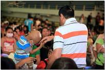 Mayor Rody Duterte Celebrates 71st Birthday with Sick Kids at SPMC