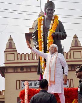EC probes Congress claims on Modi broke model code in Varanasi