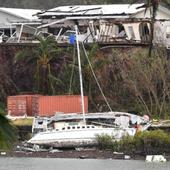 Cyclone Debbie: Army assesses damage after storm 'absolutely smashes' north Australia