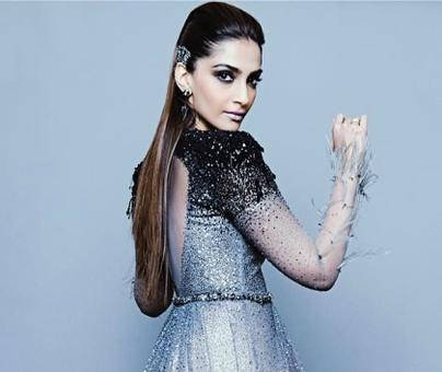 Sonam Kapoor, doing that sexy thing she does