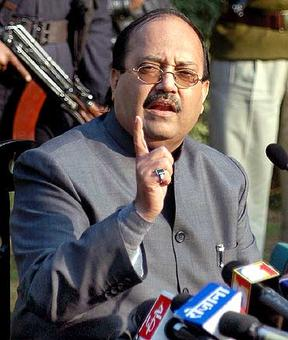 SP's Amar Singh hails note ban; says proud to have a PM like Modi
