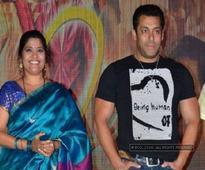 'Bhabhi' Renuka Shahane slams 'devar' Salman Khan for 'rape' comment