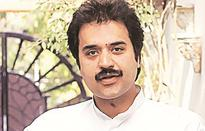 Bhajan Lal's son Kuldeep Bishnoi merges HJC with Congress