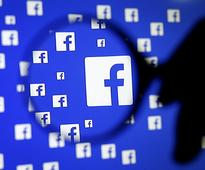 Facebook begins aiming ads at non-users