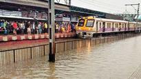 Mumbai receives heavy rains