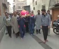 Muslims help perform last rites of Kashmiri Pandit woman in Srinagar