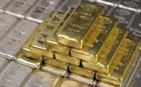 Gold perks up on global cues, jewellers' buying