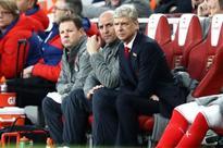 Arsenal boss Arsene Wenger slams referee for Stoke penalty decision