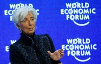 UPDATE 2-IMF chief: China can avoid hard landing but spillovers seen
