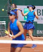 Xu Yifan, Zheng Saisai win 2nd round match at Roland Garros