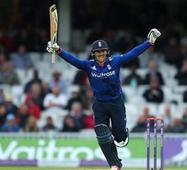England beat Pakistan in rain-hit first ODI (Full Scorecard)