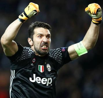 Buffon celebrates 100th Juve Champions League game in style