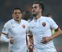 Real Madrid Make Approach for Roma Midfielder Miralem Pjanic