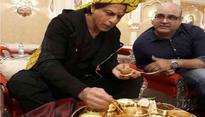 Shah Rukh Khan relishes 'Rajasthani Thali' in Jaipur