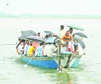 Boats still flout safety norms in Dhubri