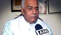 Yashwant Sinha for standard operating procedure to curb Naxal attacks