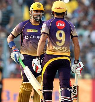 PHOTOS: Uthappa, spinners steer KKR to victory over SRH
