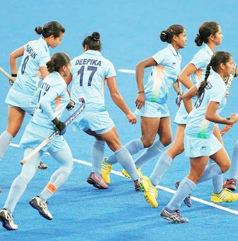 India's women's hockey team lose to US in tour opener