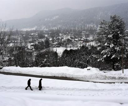 Chill continues in Kashmir, Srinagar-Jammu National Highway reopens
