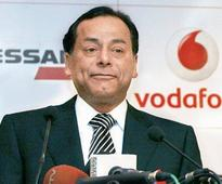 2G scam: SC bars Essar's Ravi Ruia to fly abroad