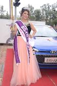 Puneite Hema Kotnis adjudged as first runner up in Mrs India 2016