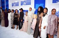 Beyonce Brings Mothers of Eric Garner, Trayvon Martin, Mike Brown & Oscar Grant to 2016 VMAs
