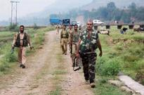 Pak troops shell indian posts along LoC