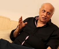Mahesh Bhatt approaches Pakistan artistes for Indo-Pak love story