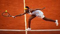 French Open 2016: Venus Williams reaches fourth round for first time in six years