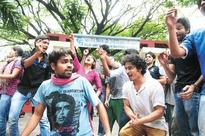 FTII students barred from interacting with juniors