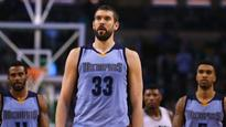 Marc Gasol temporarily panics Grizzlies fans, leaves preseason game with right ankle injury