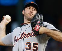 Verlander hit hard in Darvish matchup