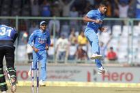 India vs New Zealand 3rd ODI Live Score: Latham, Taylor Steady NZ Innings