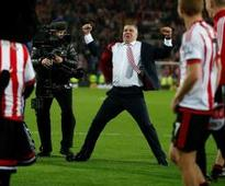 Sunderland complete another improbable survival mission with win over Everton