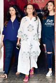 Spotted: Alia Bhatt with mother Soni Razdan and sister Shaheen