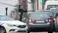 Brussels: Belgian police shoot at car, call bomb squad