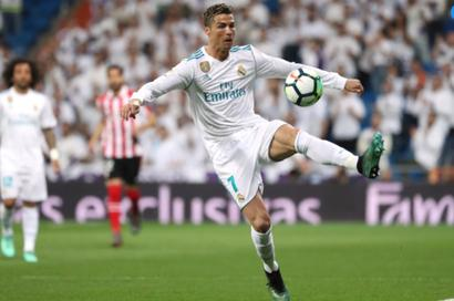 Football Briefs: Ronaldo backheel earns Real late draw