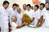 Six living members of first Kerala Assembly being honoured