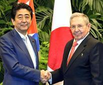 Abe backs Japan Inc.'s push for access in Cuba