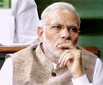 PM Modi offers water to AAP MP Bhagwant Mann protesting against CBI raids