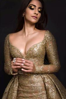 Birthday Special: The loves of Sonam Kapoor's life!