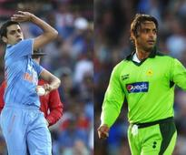 VIDEO: Shoaib Akhtar insults Ashish Nehra on TV show