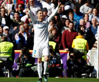 Football Briefs: Ronaldo on target in derby draw as Barca stretch Liga lead