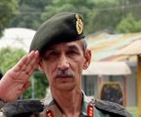 Northern Army chief Lt Gen DS Hooda visits curfew-bound Rajouri