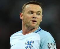 Former England boss Hodgson has his say on Rooney's wedding antics