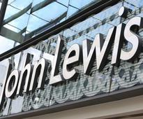 John Lewis fashion weekly sales fall 2.3%